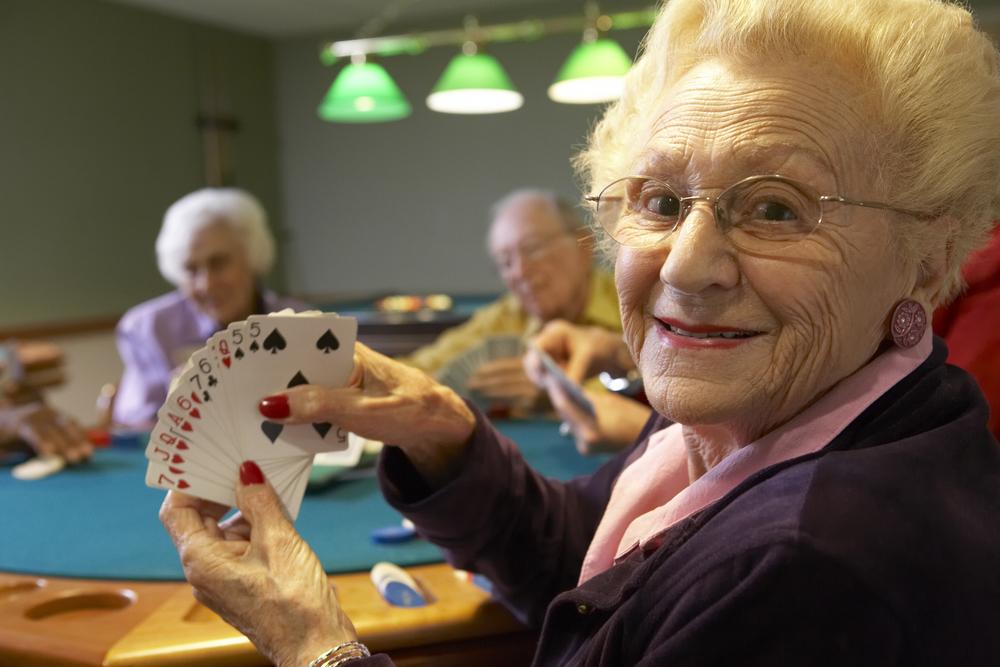 בית אבות סביון מבוגרים משחקים ברידג