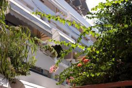 בית אבות נוף חן רמת גן מבט מהחלון