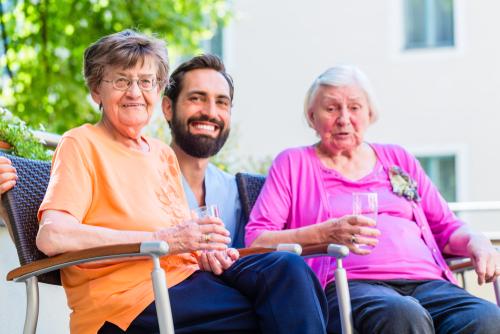 פעילות חברתית בגיל הזהב